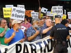Protesta ante la sede del PP dos días después de la declaración de Rajoy