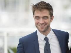Robert Pattinson: expulsado del colegio por vender revistas porno que robaba