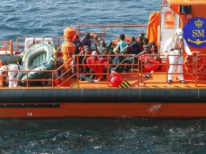 Rescate de inmigrantes en el Estrecho de Gibraltar