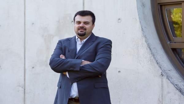 Francesco Storino, nuevo doctor por la UPNA.