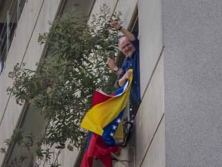 El exalcalde de Caracas Antonio Ledezma huye de Venezuela y llegará este sábado a Madrid