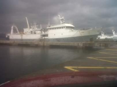 El buque vinculado con pesca ilegal 'Tchaw'