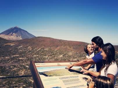 Paneles informativos en el Teide