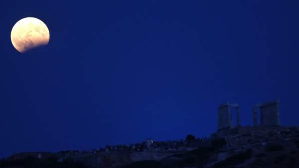 Eclipse lunar desde Atenas