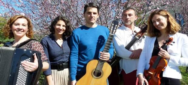 Segovia: Los Miembros De Tanguedia Eseemble