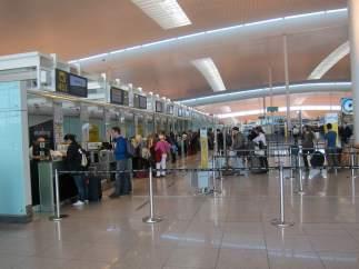 Mostradores Terminal T1 del Aeropuerto de El Prat