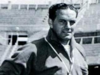 12. Luis Carniglia