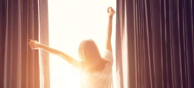 La luz y la oscuridad regulan nuestro reloj interno.