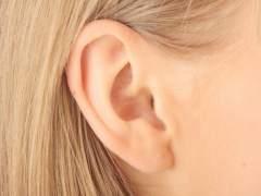 Llevas años limpiándote mal los oídos: esta es la forma correcta