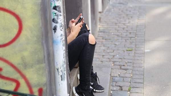 Móviles y adolescentes