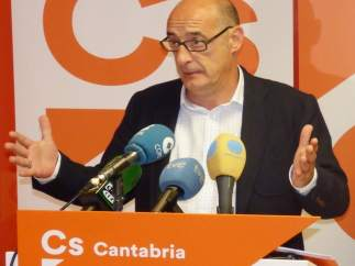 Félix Álvarez