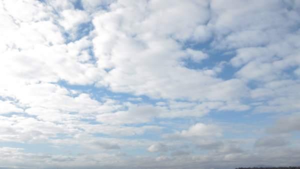 Sol, nubes, cielo despejado, buen tiempo, temperaturas