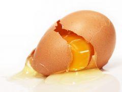 Los huevos, ¿mejor dentro o fuera de la nevera?