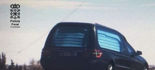 Coche fúnebre denunciado en Tudela