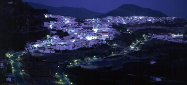 Frigiliana nocturna luces diputación málaga noche