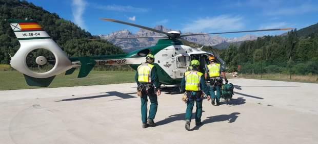 La Guardia Civil realiza cinco rescates este sábado en el Pirineo oscense.