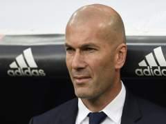 "Zidane: ""Ves lo que pasó y a Cristiano le meten cinco partidos... ahí pasa algo"""