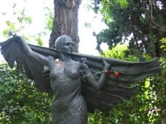 Estatua que homenajea a Lola Flores