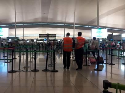 Huelga indefinida en el Aeropuerto de Barcelona-El Prat.