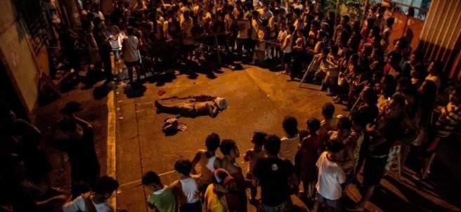 La Policía filipina mata a 32 personas en el día más sangriento de su guerra contra las drogas