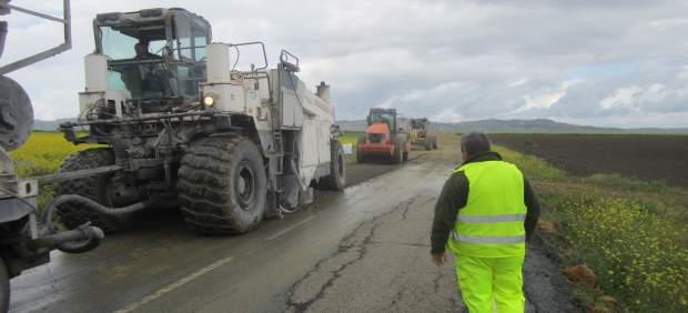Arreglo segundo tramo carretera Carmona-Arahal