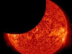 Se agotan las gafas protectoras para ver el eclipse solar en EE UU