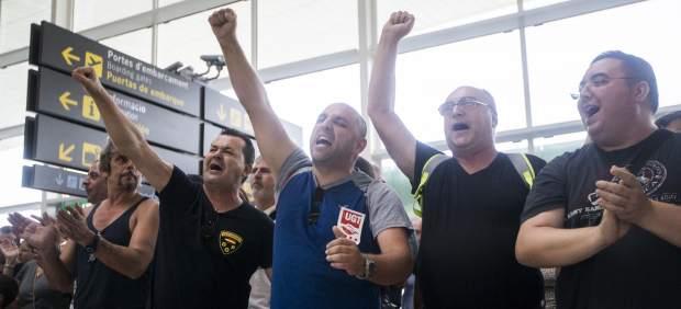Sindicatos y Gobierno ponen fin al conflicto de los vigilantes en los aeropuertos