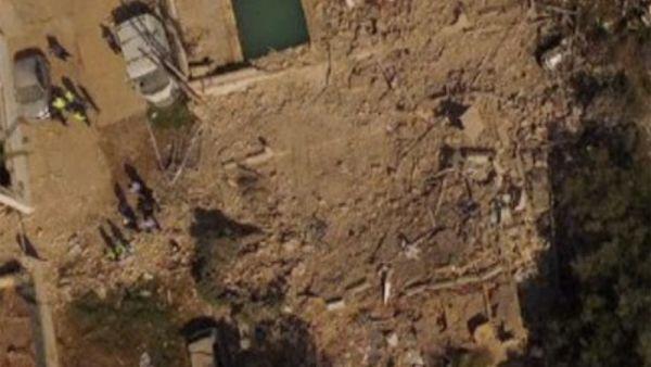 Al menos un muerto en una explosión en una vivienda