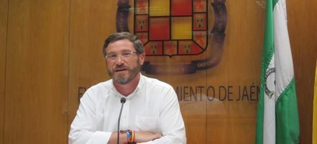 Miguel Contreras en la rueda de prensa.