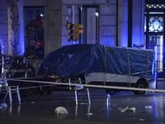 Atentados en Cataluña | Directo: el conductor de la furgoneta que atentó en la Rambla sería uno de los cinco terroristas abatidos