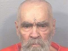 Publican la última fotografía hecha en prisión de Charles Manson