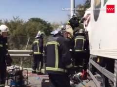 Un accidente entre tres camiones obliga a cortar la A-4 sentido Córdoba