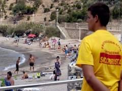SOCORRISTAS EN CALA CORTINA, PLAYA