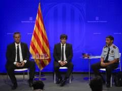 Puigdemont pide a la CUP que rectifique su veto al PP y al rey