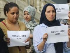 Concentración musulmana de rechazo a los atentados en Barcelona