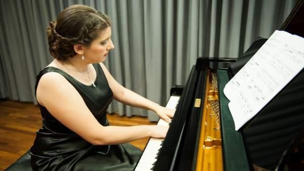 Laura Zapatero-Carreiro.