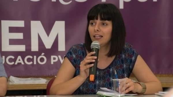 La número dos de Podem en les Corts Valencianes lliura la seua acta de diputada