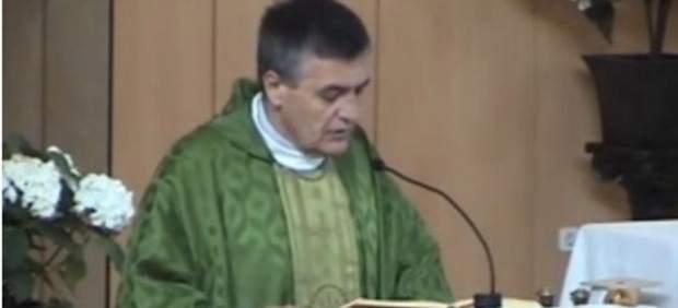 Un párroco de Madrid 'culpa' a Ada Colau del atentado en Barcelona