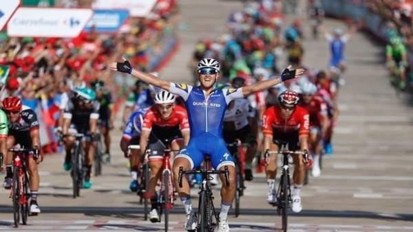 Matteo Trentin gana la cuarta etapa de La Vuelta a España