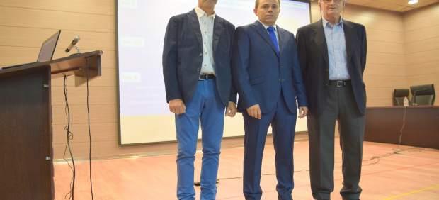 Santiago Larregla, Pedro Fernández y Alfredo Lacasa