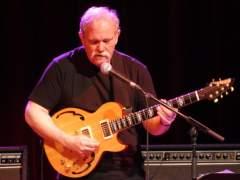 Muere John Abercrombie, una leyenda de la guitarra y el 'jazz'