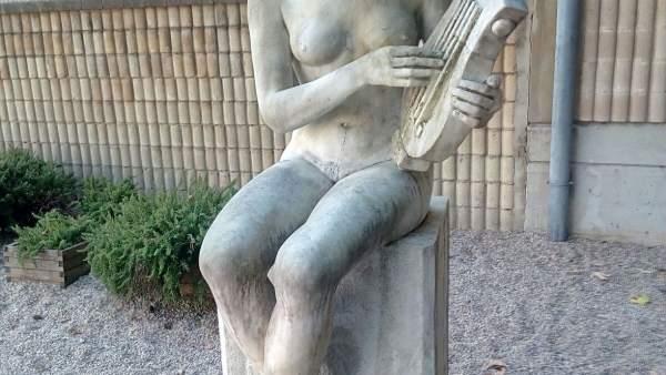 La musa de la música sin pintadas