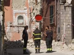 La justicia italiana investiga si la mala calidad de los edificios provocó las dos muertes en el terremoto de Ischia