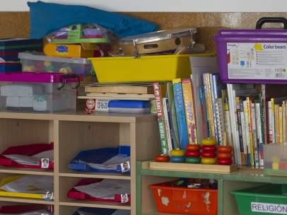 Colegio, aula, primaria, infantil, clase, niño, niña, niños, libros