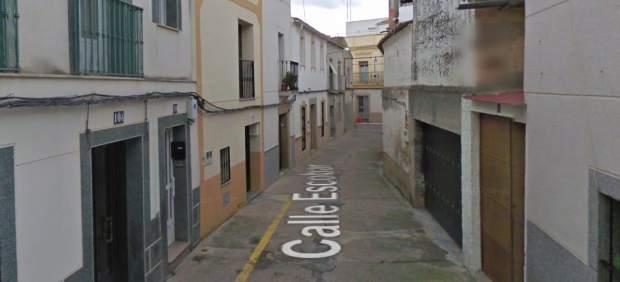 Calle de Arroyo de la Luz donde se ha producido el asesinato