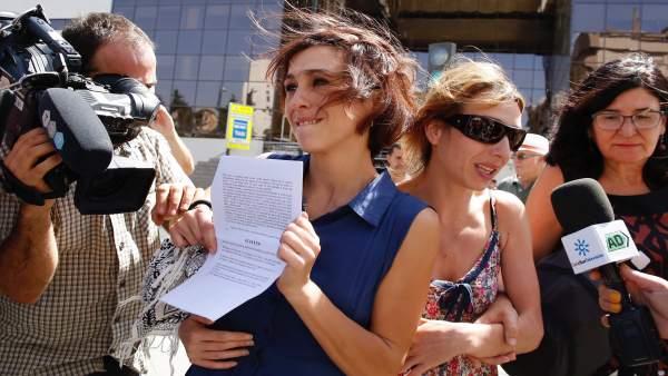 Juana Rivas, a su salida de los juzgados de Granada este martes