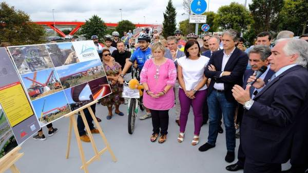 Inauguración pasarela peatonal-ciclista Nueva Montaña-Raos