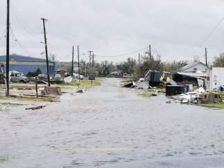 Calle inundada tras el paso de 'Harvey'