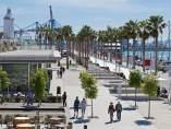 Visitantes en el puerto de Málaga.