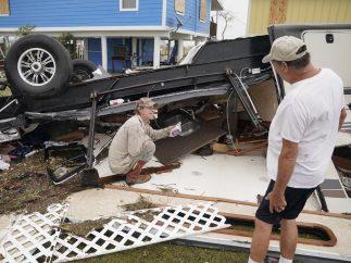 Destrozos tras 'Harvey' en Texas